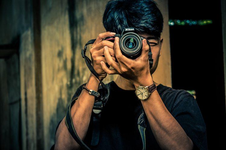 camera-fashion-guy-1156540.jpg
